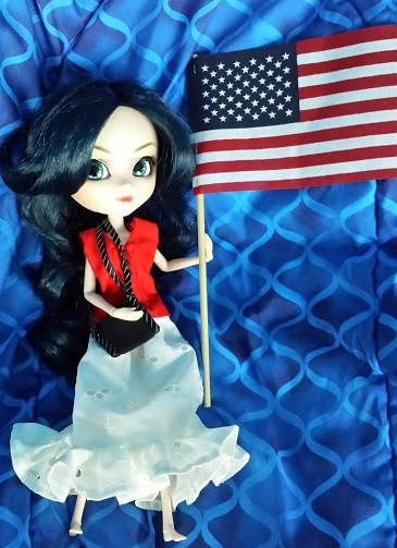 "Image of ""Wonder Woman"" Pullip doll wearing handmade clothes and carrying an American flag"