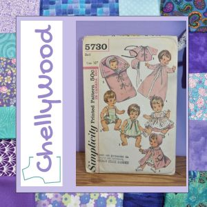 Beside the ChellyWood.com logo, we see a vintage doll clothes pattern for Betsy Wetsy dolls: Simplicity Pattern #5730.