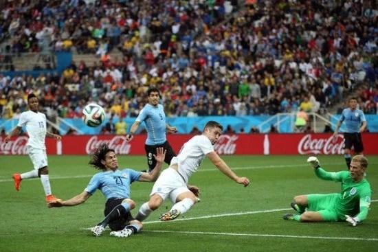 Cahill teve sua melhor atuação contra o Uruguai (Foto: zimbio.com)