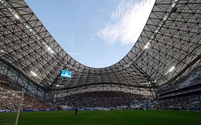 Estádio Velódromo, com capacidade de 67.000 lugares, em Marselha (Foto: Chelsea FC)
