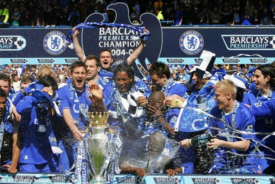 Time comandado por Mourinho foi campeão na temporada 2004/05 após 50 anos