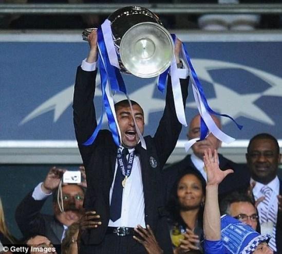 Com Di Matteo, o Chelsea finalmente conquistaria a Europa