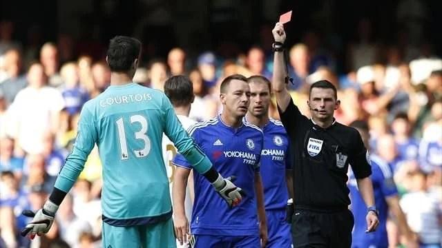 Com o cartão vermelho, Begovic mais chances mostrar seu trabalho ao técnico José Mourinho (Foto: Eurosport)