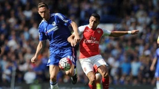 Matic em ação no clássico vencido pelo Chelsea (Foto: Sky Sports)