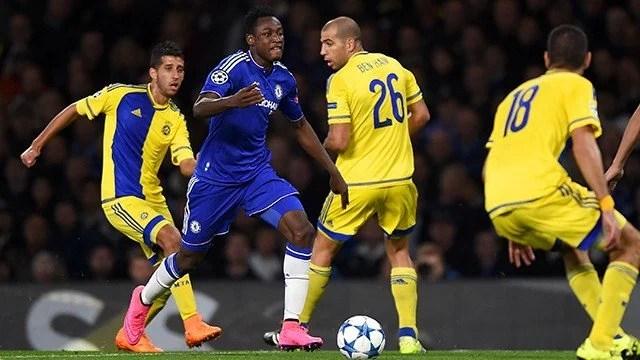 Baba Rahman fez um bom jogo em sua estreia pelos Blues (Foto: Site Oficial Chelsea FC)