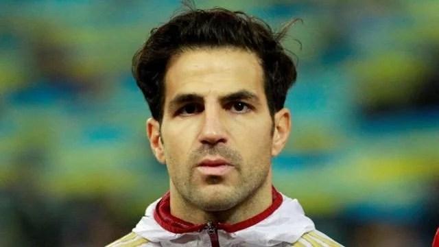 Fábregas foi capitão na vitória da Espanha (Foto: chelseafc.com)
