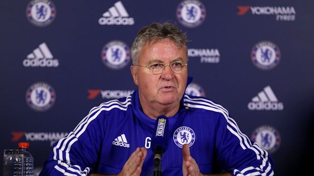 Hiddink deu grande importância ao jogo contra o Newcastle (Foto: Chelsea FC)