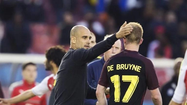 Em 2016/17, Guardiola assumiu o City, e já consolida o belga como grande nome da Premier League (Foto: SKY Sports)