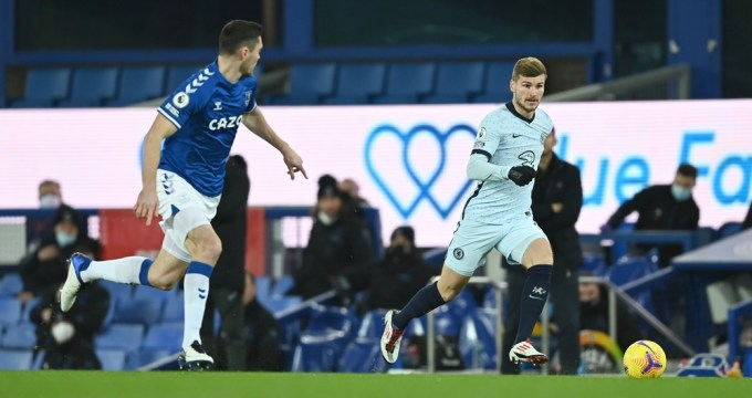 Chelsea enfrentou Everton, fora de casa, na 12ª rodada da Premier League.
