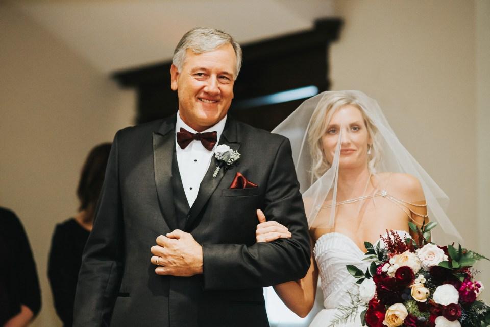 Chelsea Dawn Weddings Lindsay and Jared Cedar Falls IA (38)