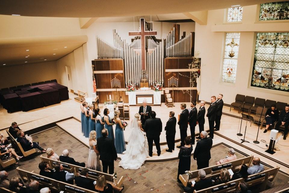 Chelsea Dawn Weddings Lindsay and Jared Cedar Falls IA (42)