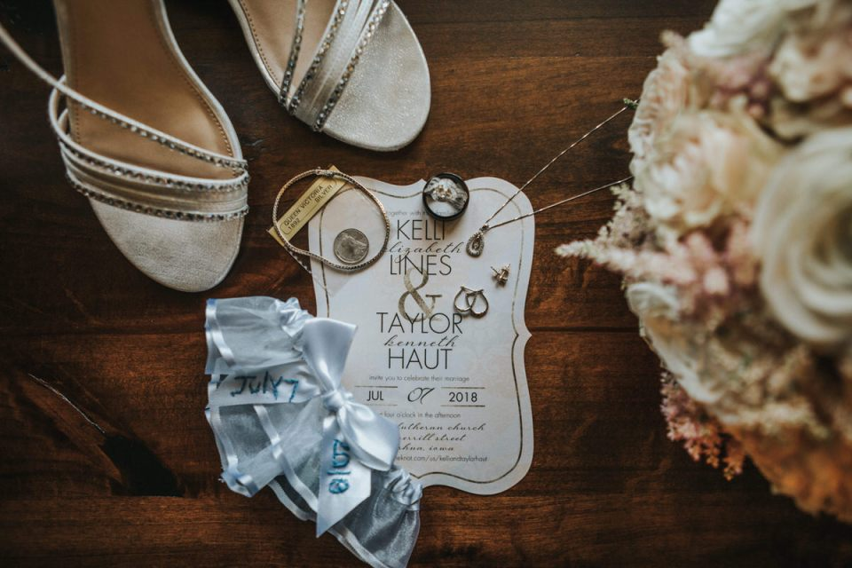 Waverly Iowa wedding photographer
