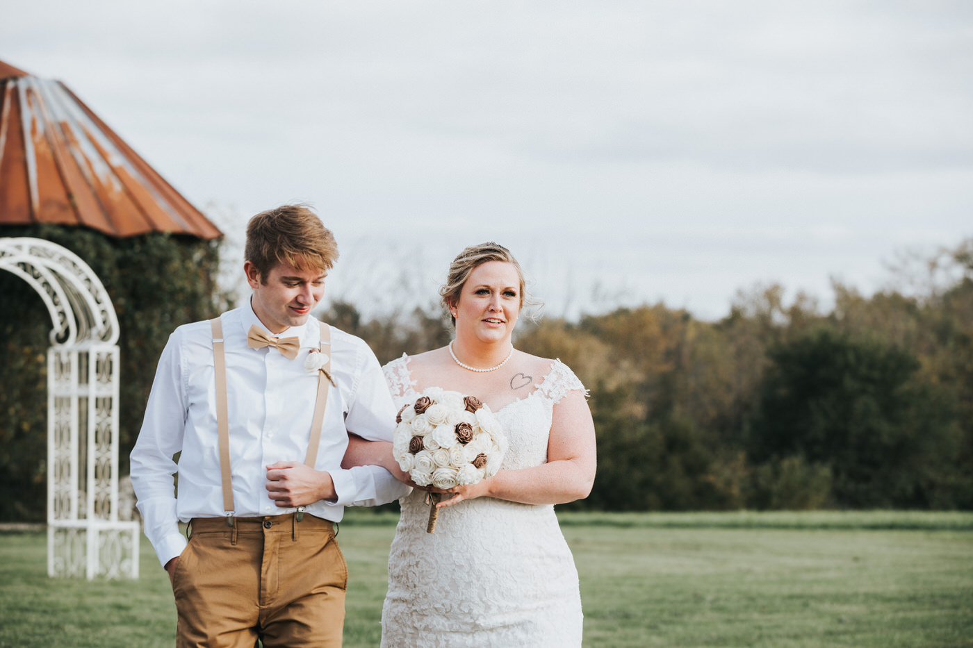 Bessie's Barn Wedding Photos