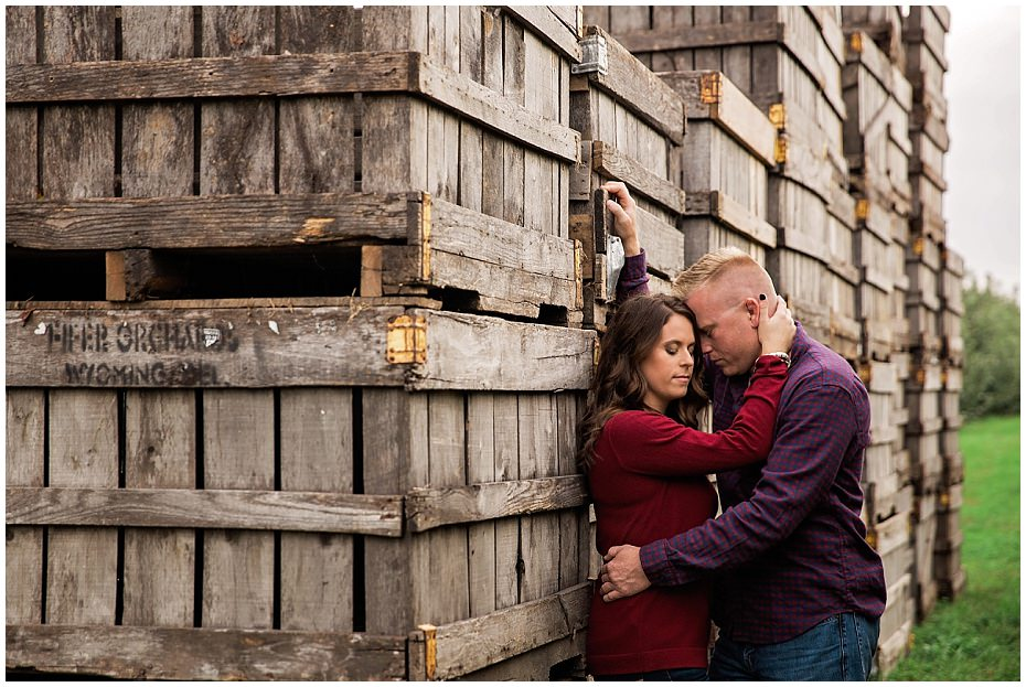 engagement session fifers orchard