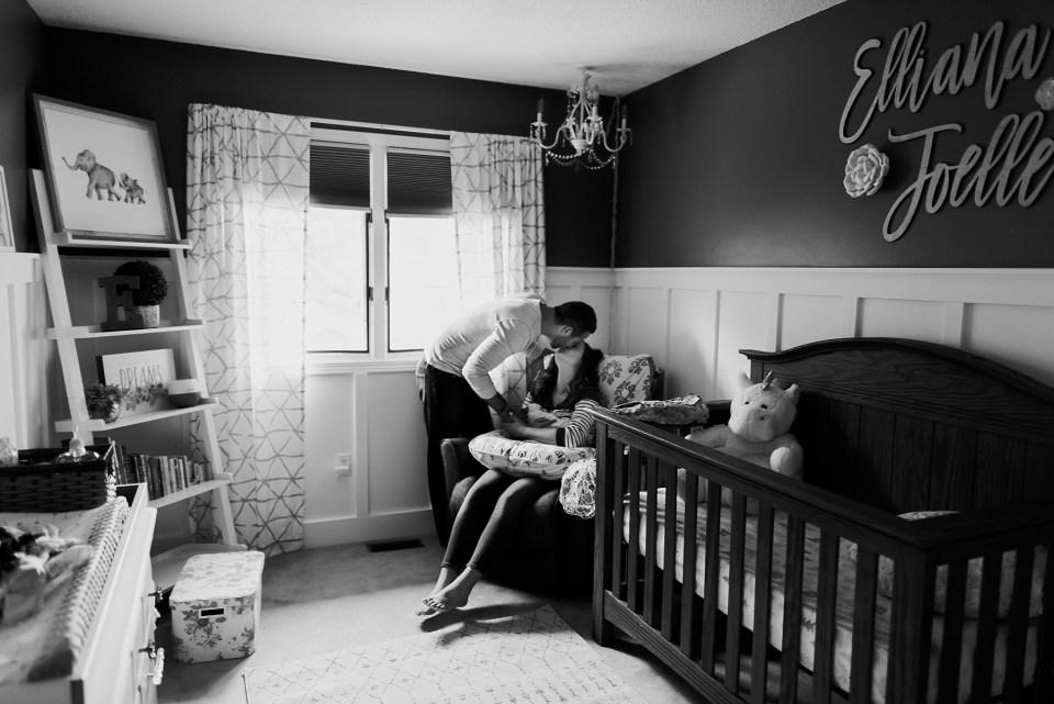 Chelsea Kyaw Photo_Iowa Newborn Photographer115