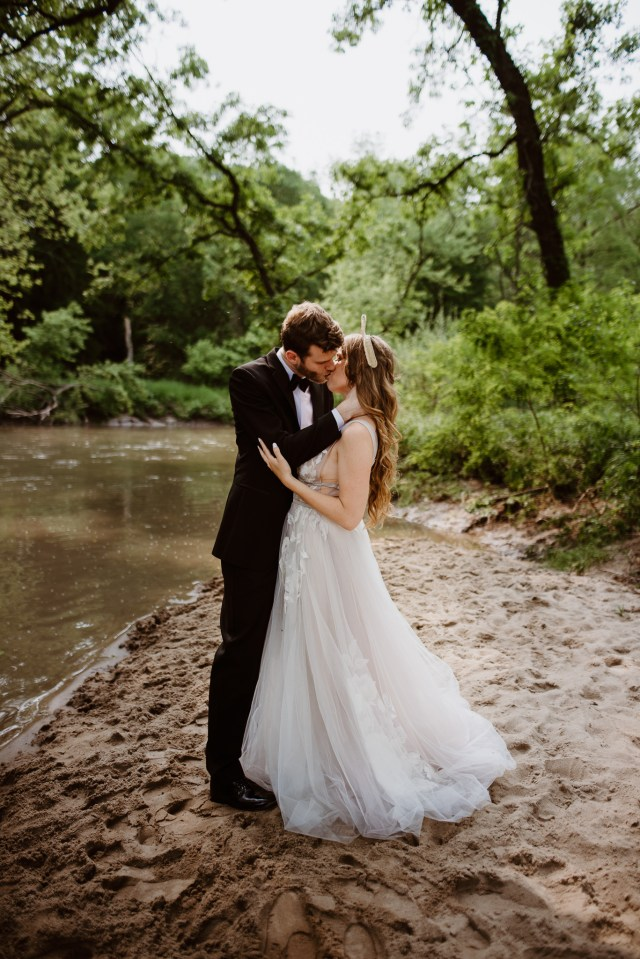 Chelsea Kyaw Photo_Iowa Wedding Photographer 016