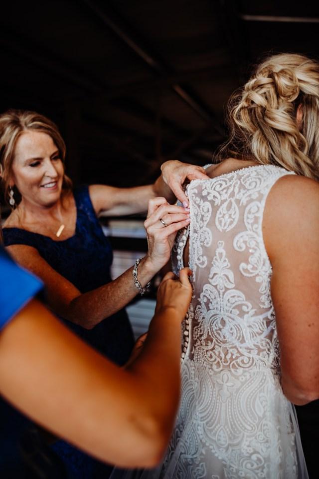 Chelsea Kyaw Photo_Iowa Wedding Photographer 043