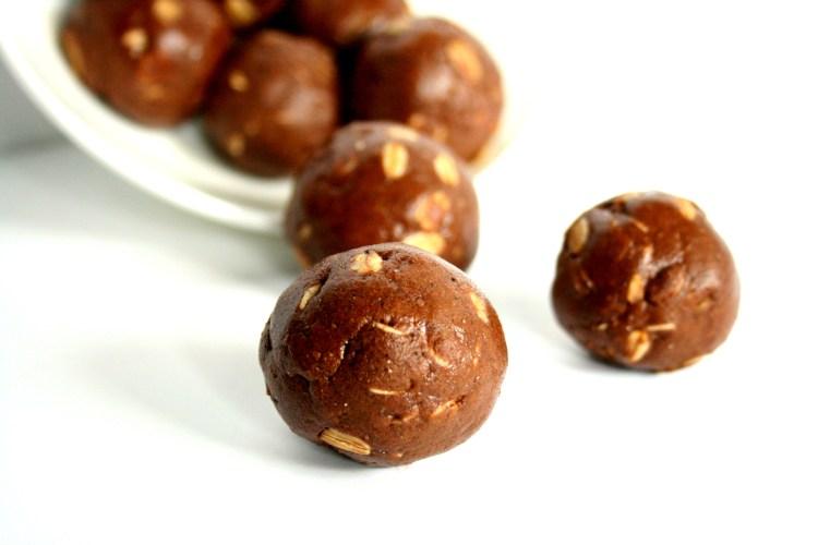 Chocolate Peanut Butter Protein Balls 2