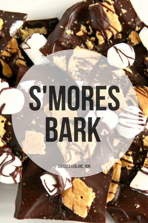 Too hot outside for a campfire? Get all the delicious s'mores flavors with this easy 3 ingredient S'mores Bark. All the flavor and none of the heat!