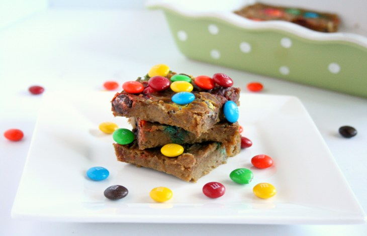 Healthy M&M Blondies