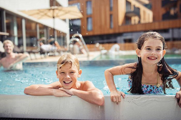 apartment-pools