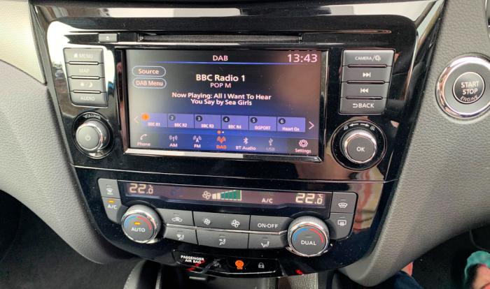 Stereo Nissan Qashqai