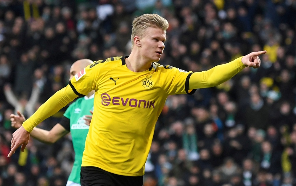 REPORT: Chelsea Set To Make 'Big' 89M Bid For Bundesliga Goal Machine Next Summer