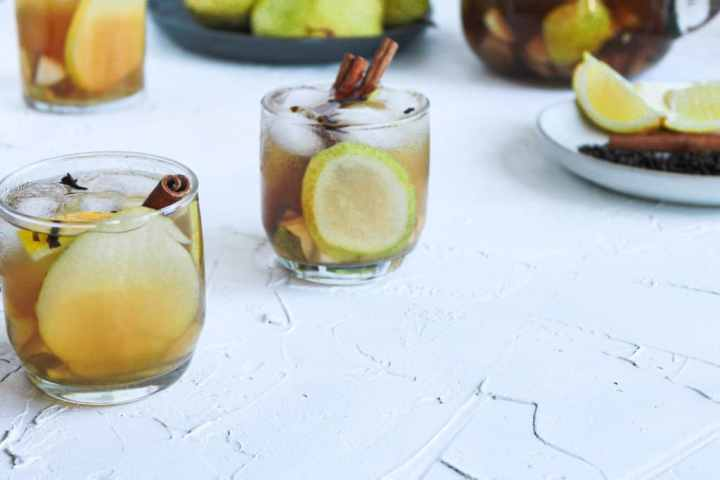 Fall punch in two glasses