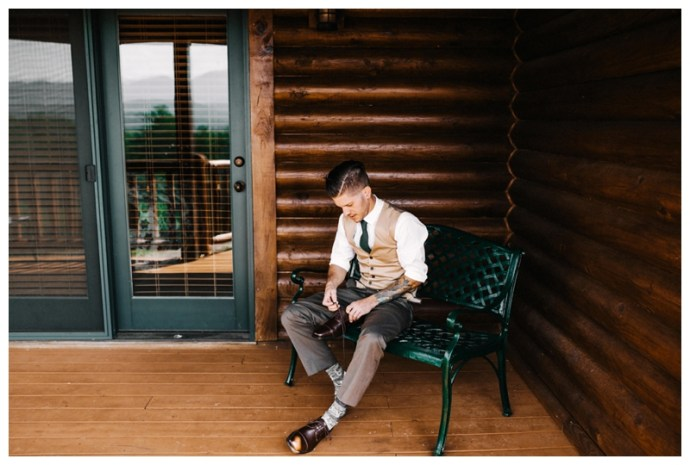 Destination_Wedding_Photographer_Mountain-Top-Cabin-Wedding_Elizabeth-and-Benjamin_Dahlonega-GA_0016.jpg