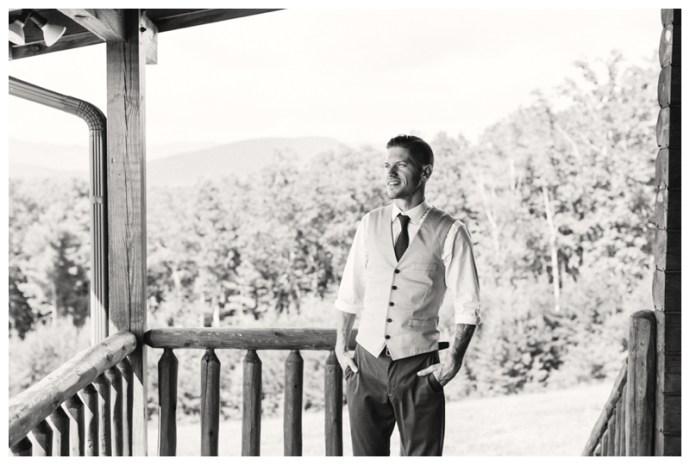Destination_Wedding_Photographer_Mountain-Top-Cabin-Wedding_Elizabeth-and-Benjamin_Dahlonega-GA_0017.jpg