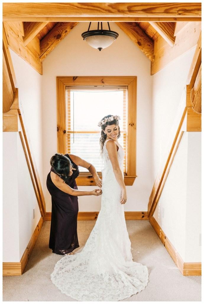 Destination_Wedding_Photographer_Mountain-Top-Cabin-Wedding_Elizabeth-and-Benjamin_Dahlonega-GA_0020.jpg