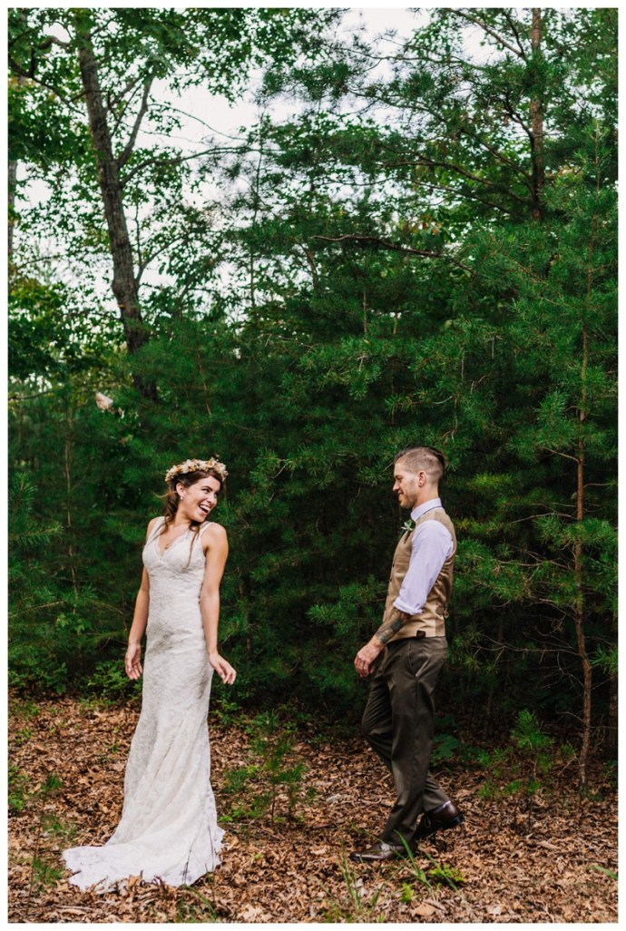 Destination_Wedding_Photographer_Mountain-Top-Cabin-Wedding_Elizabeth-and-Benjamin_Dahlonega-GA_0047.jpg