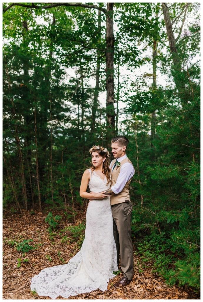 Destination_Wedding_Photographer_Mountain-Top-Cabin-Wedding_Elizabeth-and-Benjamin_Dahlonega-GA_0053.jpg