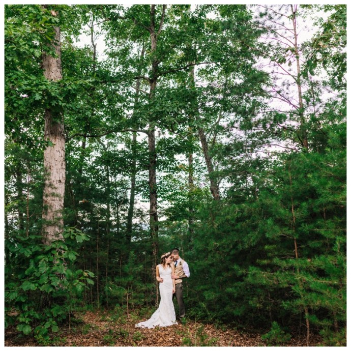 Destination_Wedding_Photographer_Mountain-Top-Cabin-Wedding_Elizabeth-and-Benjamin_Dahlonega-GA_0059.jpg
