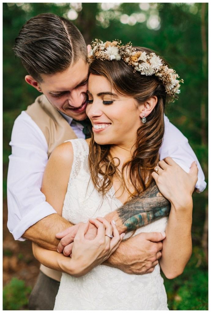 Destination_Wedding_Photographer_Mountain-Top-Cabin-Wedding_Elizabeth-and-Benjamin_Dahlonega-GA_0063.jpg