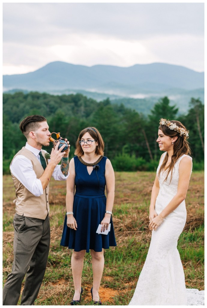 Destination_Wedding_Photographer_Mountain-Top-Cabin-Wedding_Elizabeth-and-Benjamin_Dahlonega-GA_0091.jpg