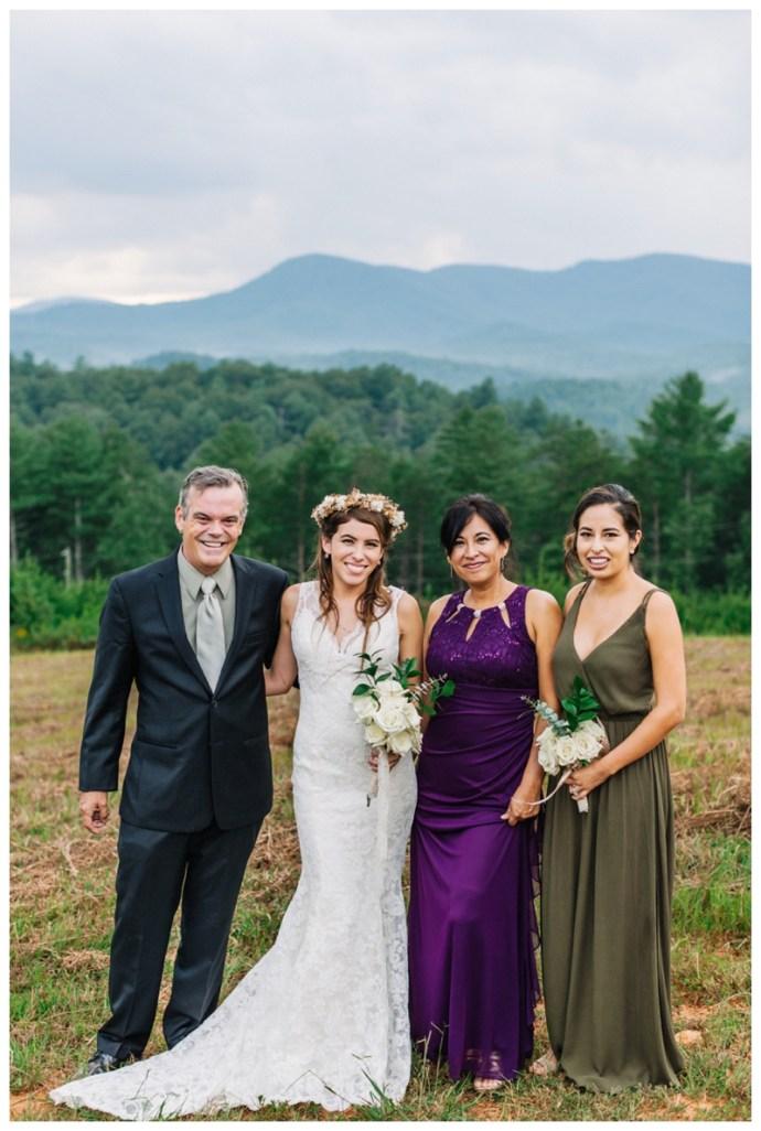 Destination_Wedding_Photographer_Mountain-Top-Cabin-Wedding_Elizabeth-and-Benjamin_Dahlonega-GA_0106.jpg