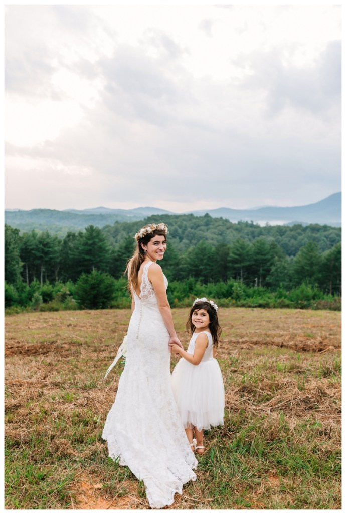 Destination_Wedding_Photographer_Mountain-Top-Cabin-Wedding_Elizabeth-and-Benjamin_Dahlonega-GA_0117.jpg