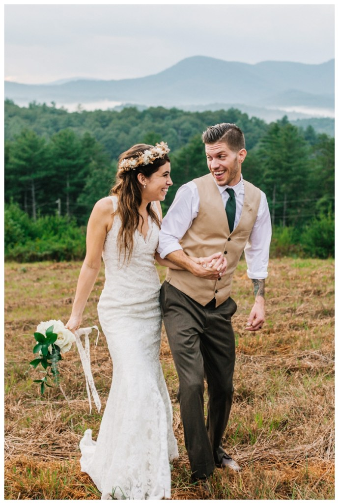 Destination_Wedding_Photographer_Mountain-Top-Cabin-Wedding_Elizabeth-and-Benjamin_Dahlonega-GA_0124.jpg