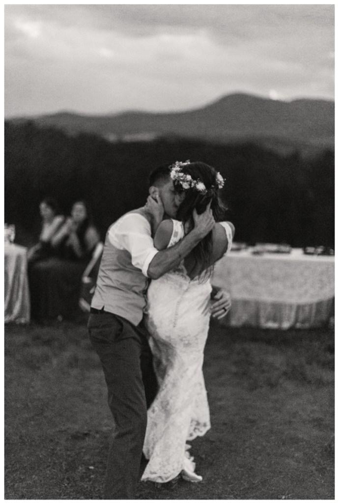 Destination_Wedding_Photographer_Mountain-Top-Cabin-Wedding_Elizabeth-and-Benjamin_Dahlonega-GA_0139.jpg