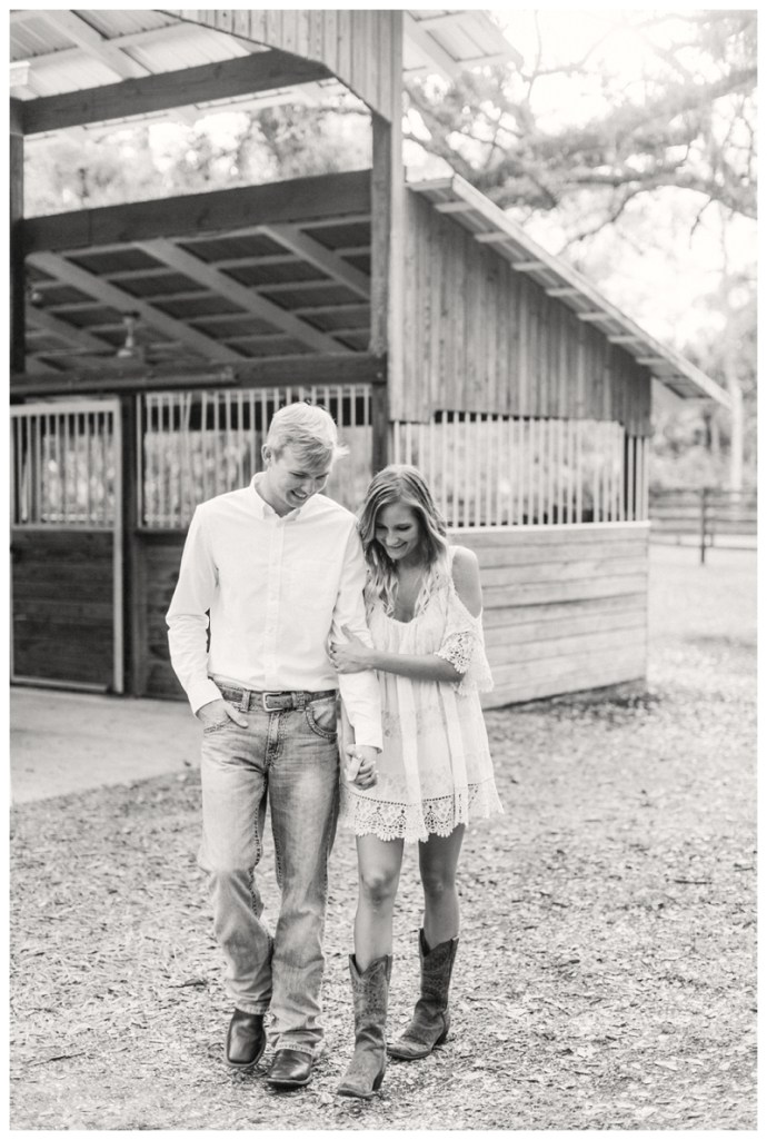 South-Florida-Wedding-Photographer_Arching-Oaks-Ranch-Engagement-Session_Lexi-and-Drew_Labelle-FL_0096.jpg