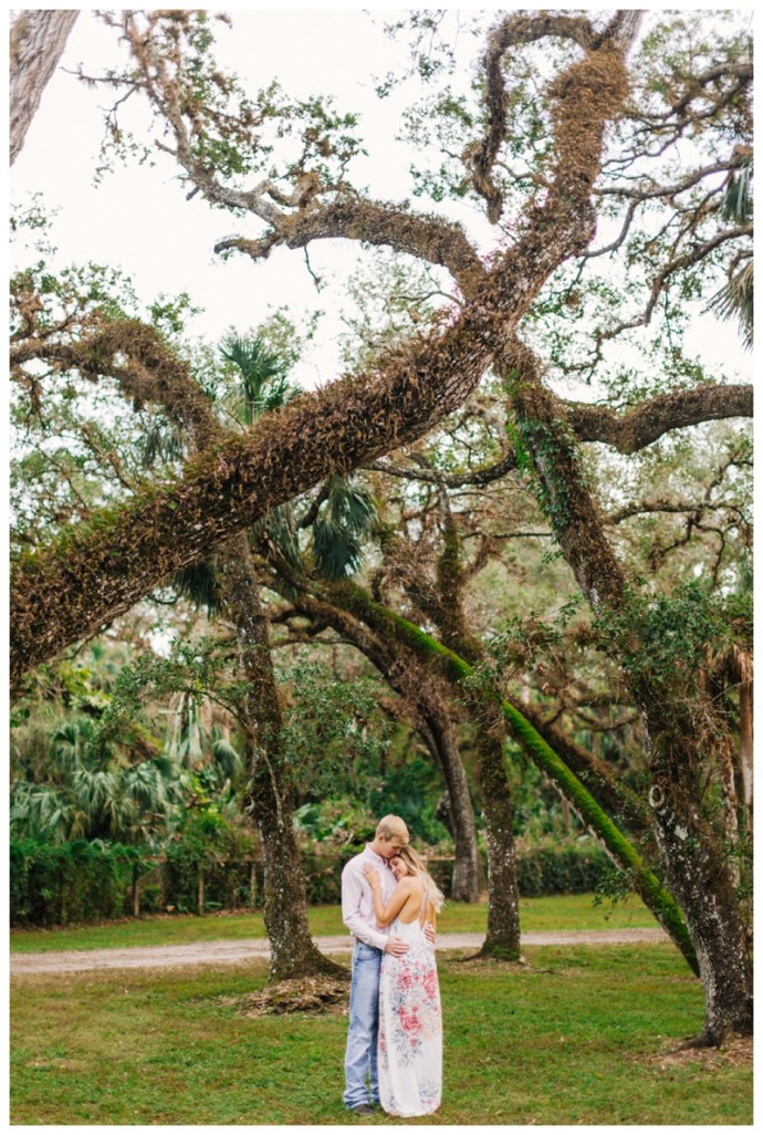 South-Florida-Wedding-Photographer_Arching-Oaks-Ranch-Engagement-Session_Lexi-and-Drew_Labelle-FL_0121.jpg