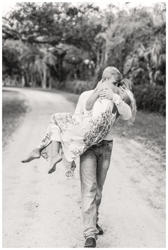 South-Florida-Wedding-Photographer_Arching-Oaks-Ranch-Engagement-Session_Lexi-and-Drew_Labelle-FL_0259.jpg