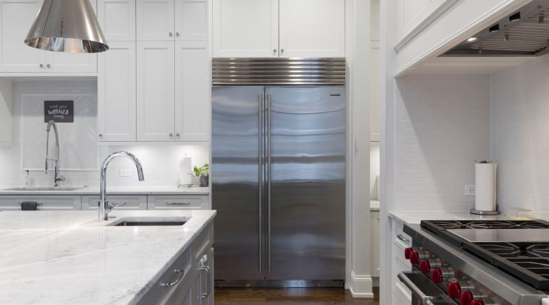 7 Signs You Need To Change Your Refrigerator