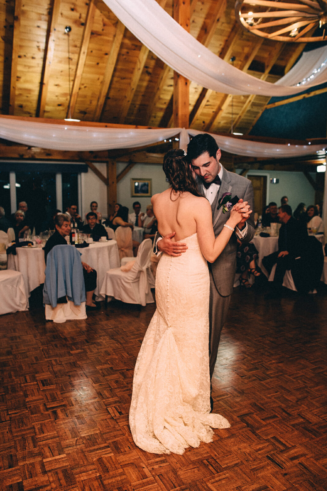 newlyweds first dance at trillium trail oshawa