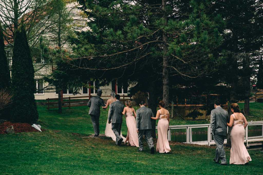 wedding party after trillium trails ceremony