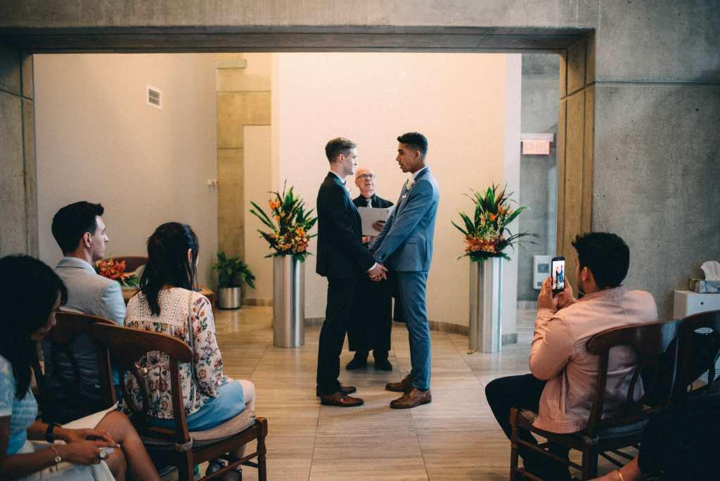 toronto city hall wedding cremony