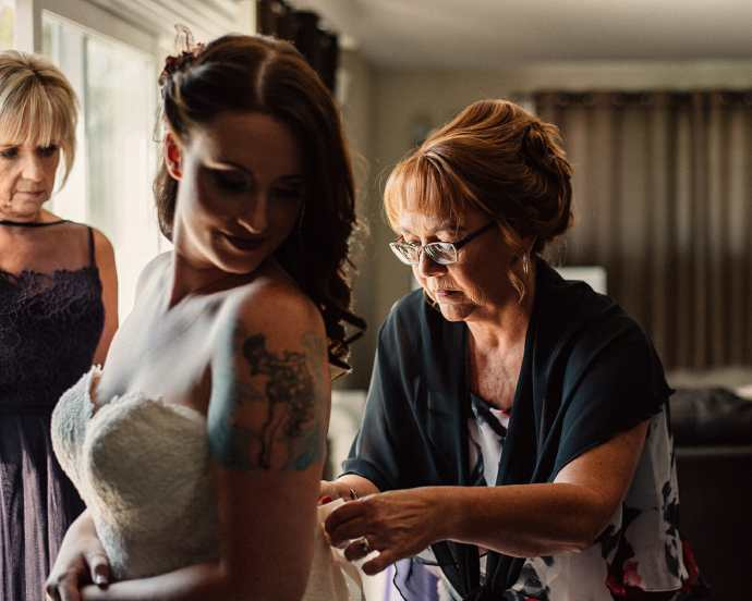 bride getting ready photos whitby