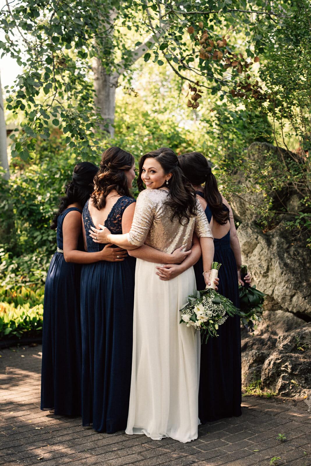 bridal party photos at nottawasaga inn