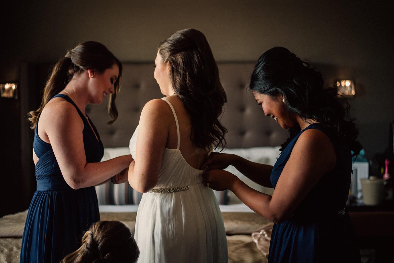 bride getting ready in alliston